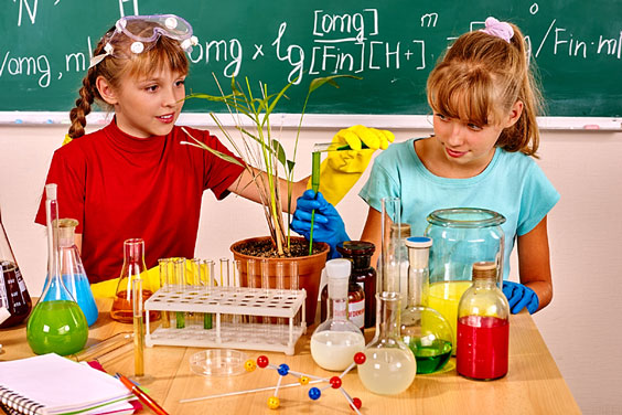Children in Biology Class
