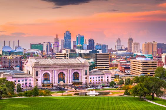 Kansas City, Missouri Skyline and Union Station